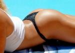 Sucesso na praia com o bikini ideal