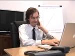 No trabalho: Exercícios à secretária